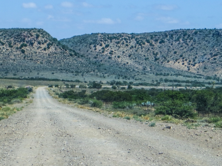 Between Willowmore & Vondeling