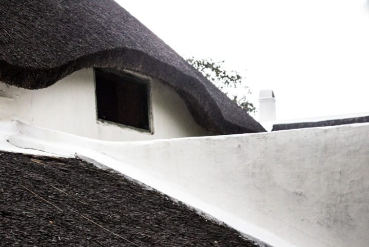 The thatched roof of the Drostdy