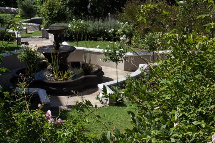 The front garden at Schoone Oordt, Swellendam
