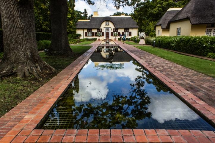 The reflecting pool, Vergelegen, and Camphors Restaurant