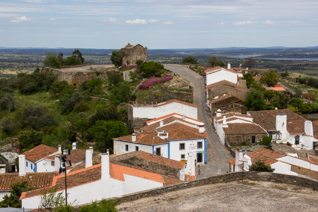 The 17C fortifications of Monsaraz, with the Chapel of Sao Bento