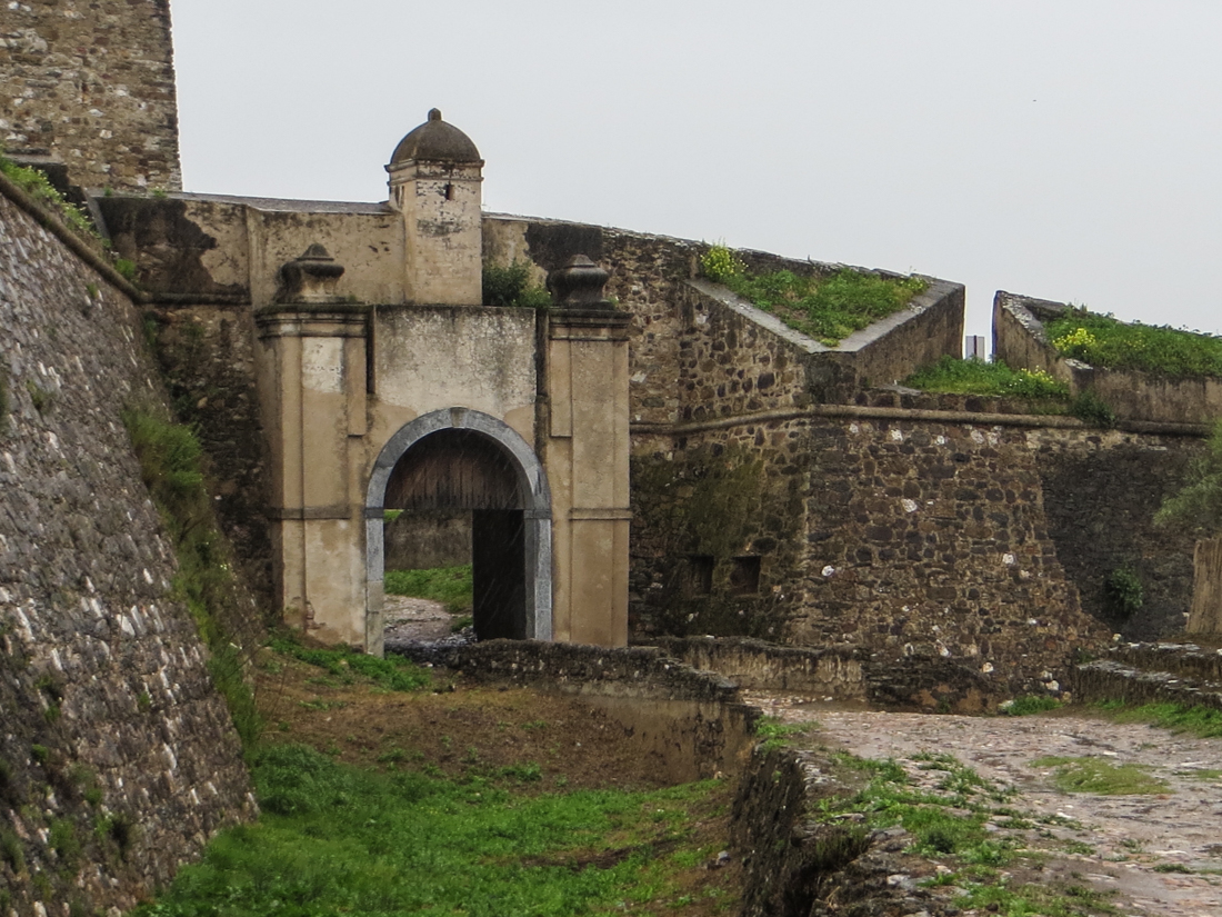 The Gateway in the 17C walls, Juromenha