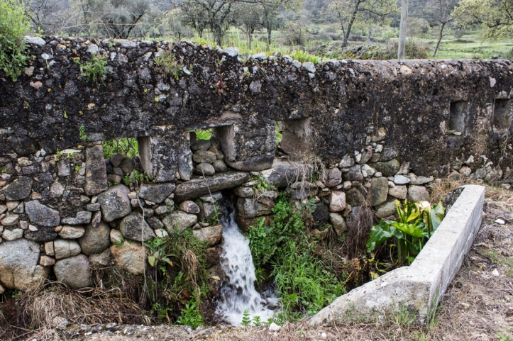 Water conduit system along the Mediaeval road at Carreiras