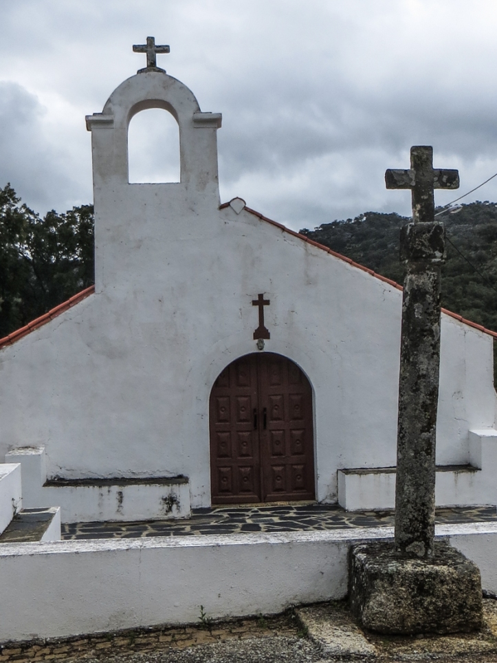 The cemetery church, Galegos