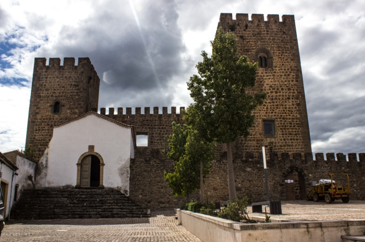 Amiera Castle with the Chapel on the left and the Keep on the right
