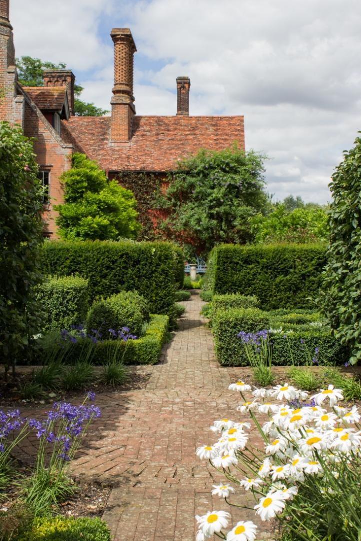 Wyken Hall Gardens