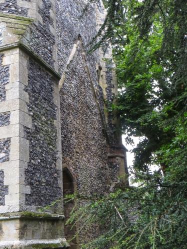 16-8-12 Thetford Abbey LR-1486