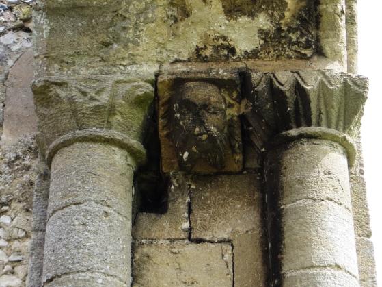 16-8-12 Thetford Abbey LR-1531