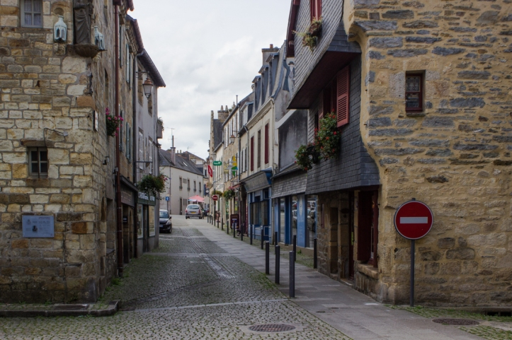 16-9-13-landerneau-town-lr-0053