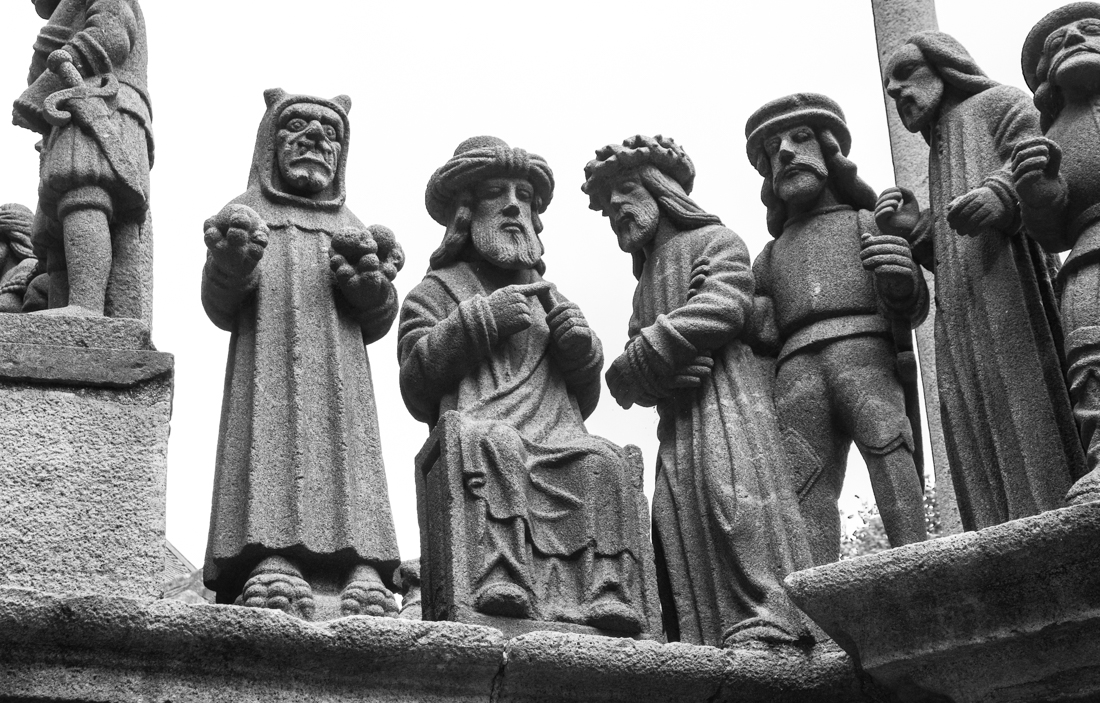 Christ before Pontius Pilate, Plougastel Calvary