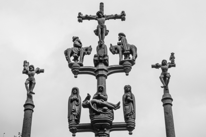 The three crosses, Plougastel-Daoulas