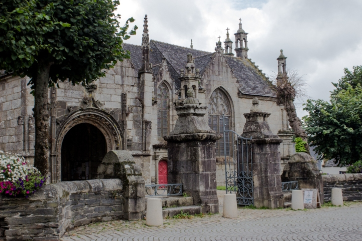 The entrance, through the walls, to the South Porch, Church of Notre Dame, Lampaul-Guimiliau