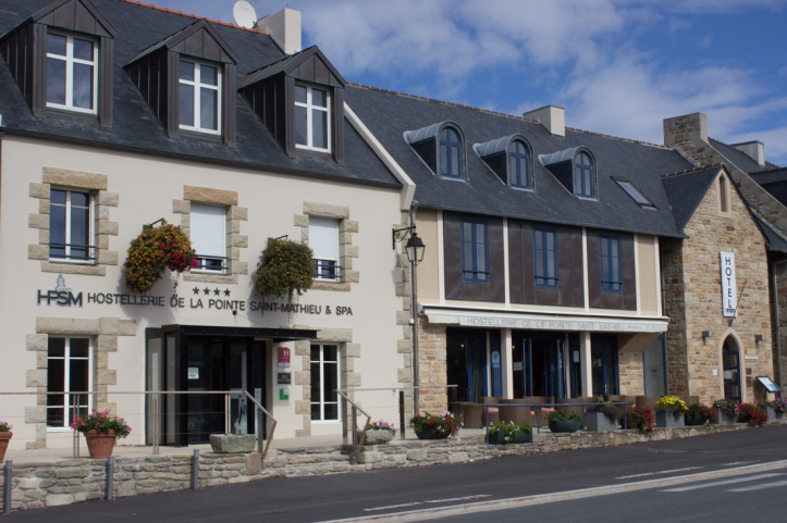 Contemporary accommodation in Pointe de St Mathieu