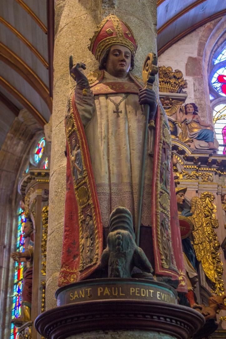 St Paul, Notre Dame de Lampaul-Guimiliau