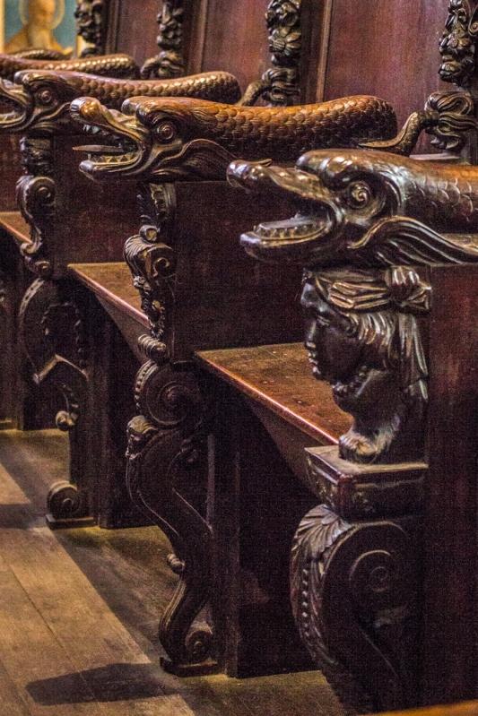 17C Carved stalls, Notre Dame de Lampaul-Guimiliau