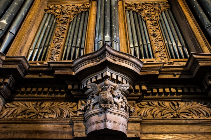The organ by Thomas Dallam II in St Guimiliau