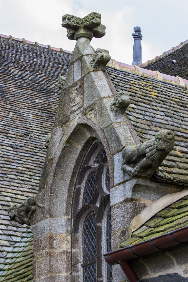 Lions on the Church of St Suliau, Sizun