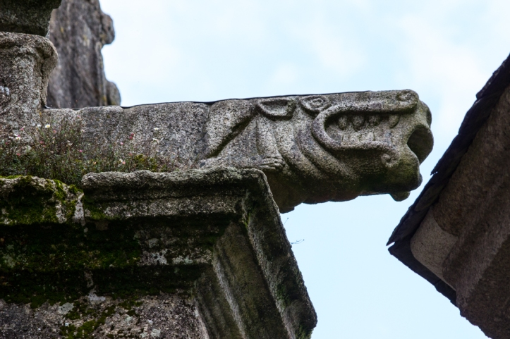 16-9-21-sizun-church-carvings-lr-1341
