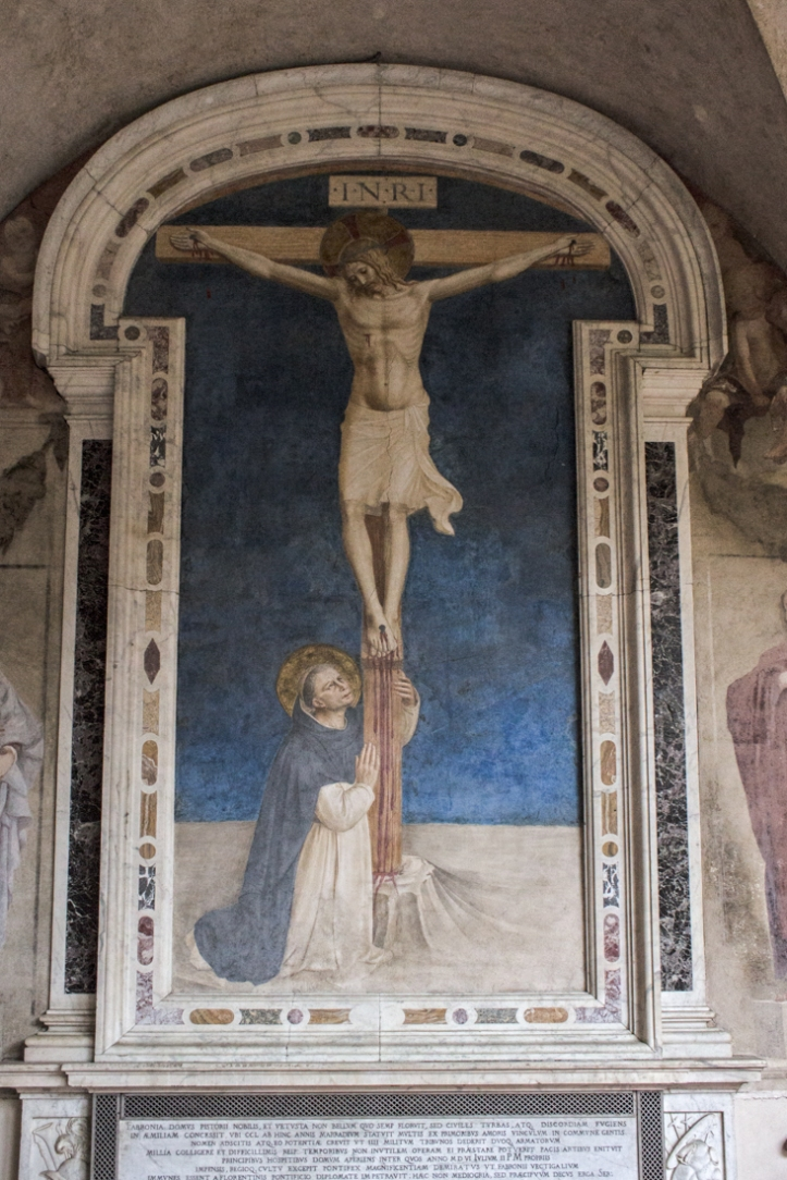 St Dominic worshipping the crucifixion by Fra Angelico