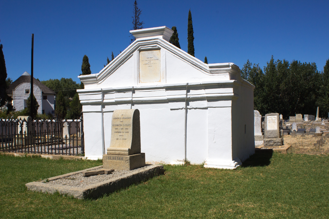 A tomb in the walled graveyard of The Old Church Museum in Tulbagh
