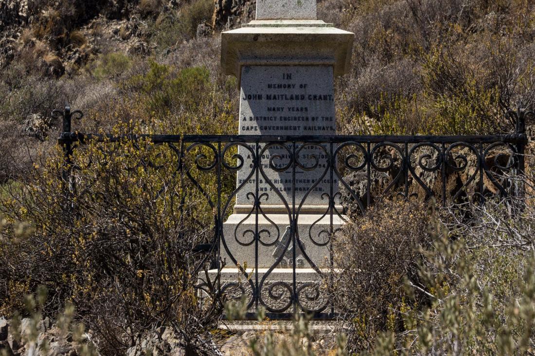 17-1-13-matjiesfontein-graveyard-lr-4175