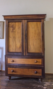 STinkwood & yellow wood furniture in Reinet House