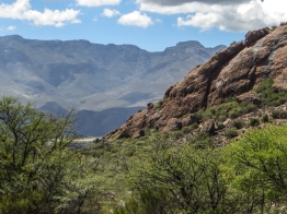 Red hills between Uniondale & Oudtshoorn