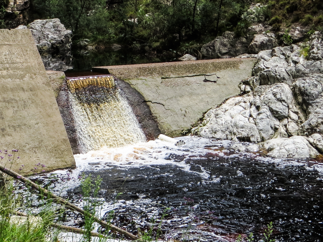 The weir over the Caledon River