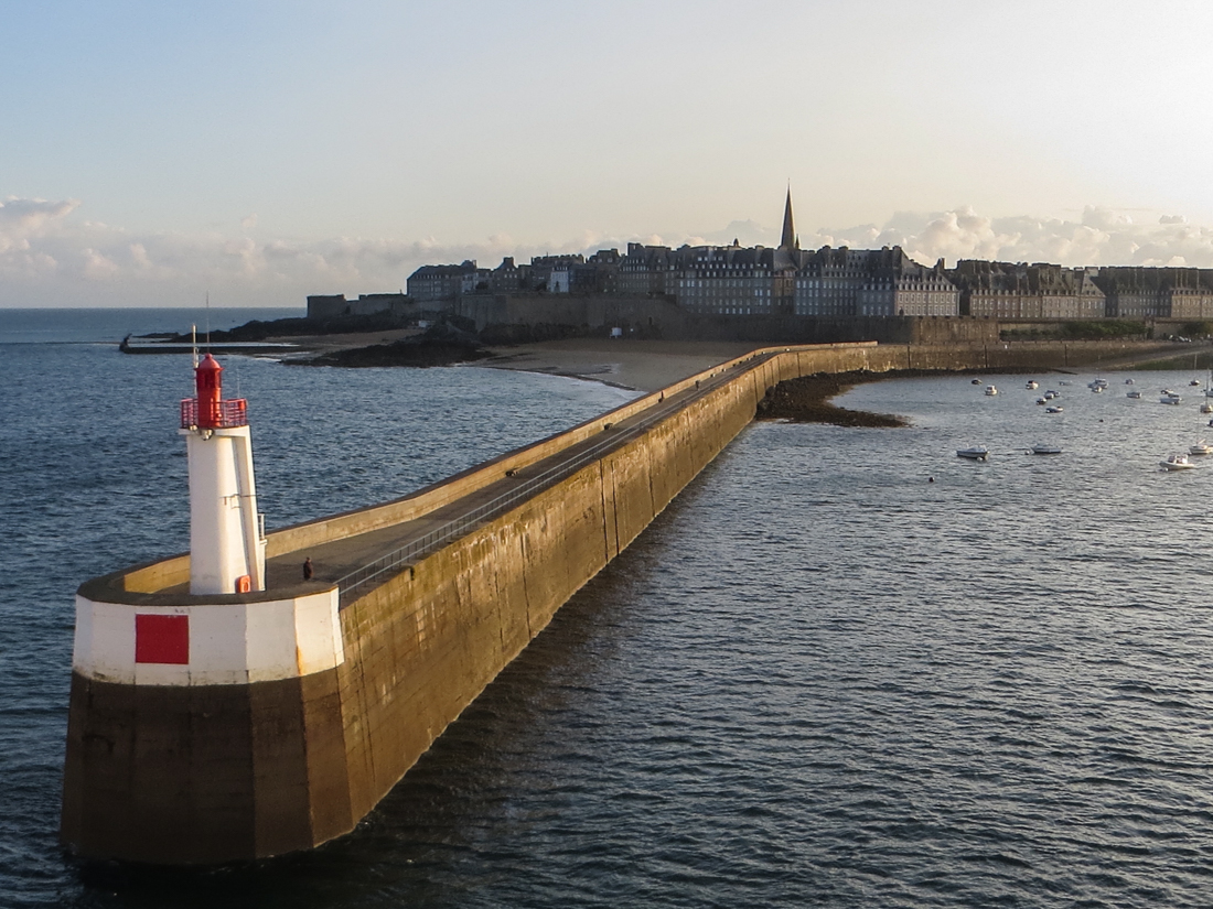 The mole at St Malo