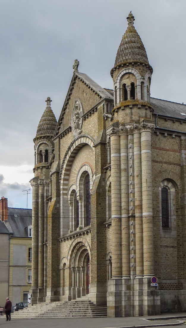 Church of Bonabry, Fougeres