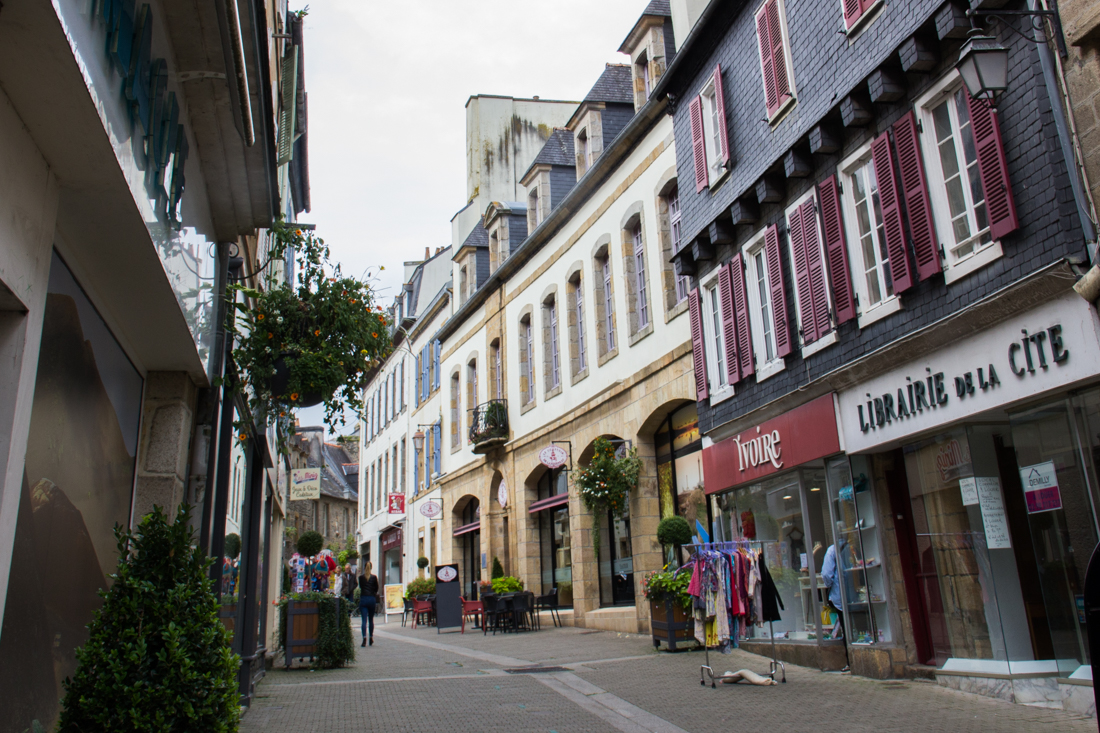 The main shopping street of Landerneau