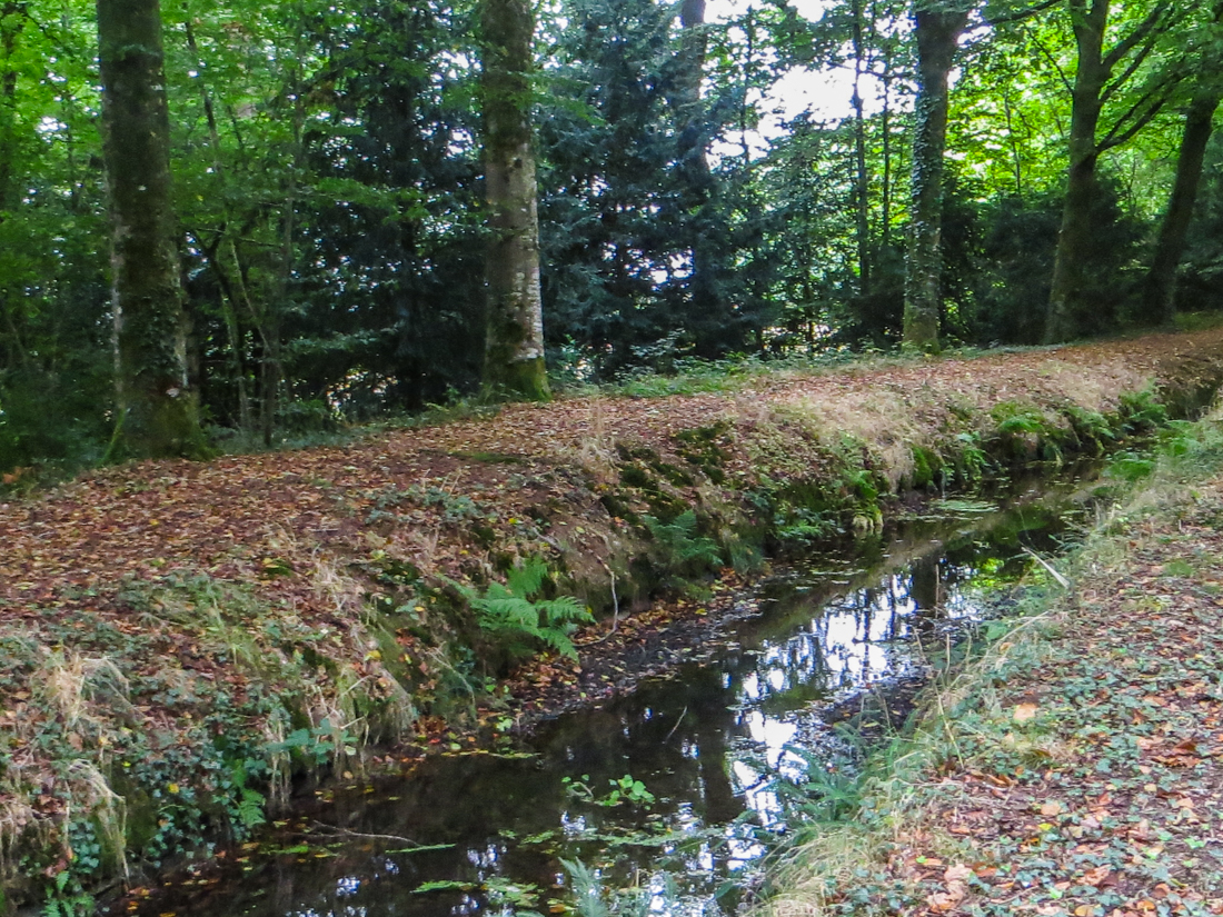 The Rigole d'Hilvern at Le Quillio