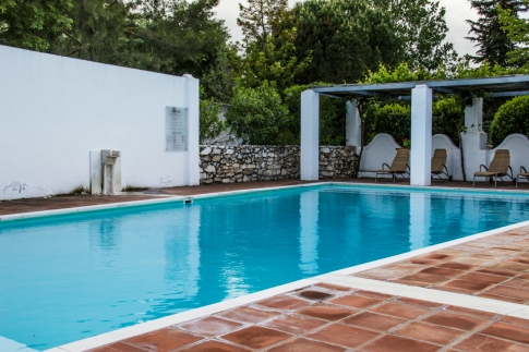 The swimming pool at the Pousada Vila Vicosa