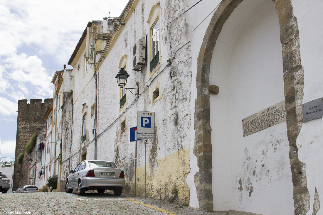 The walls of Portalegre, and a gate