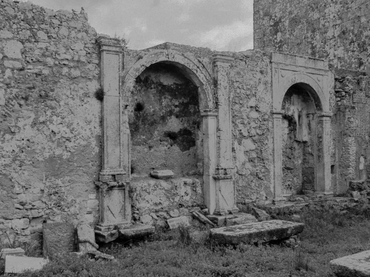 The ruined church in the Castle, Palmela