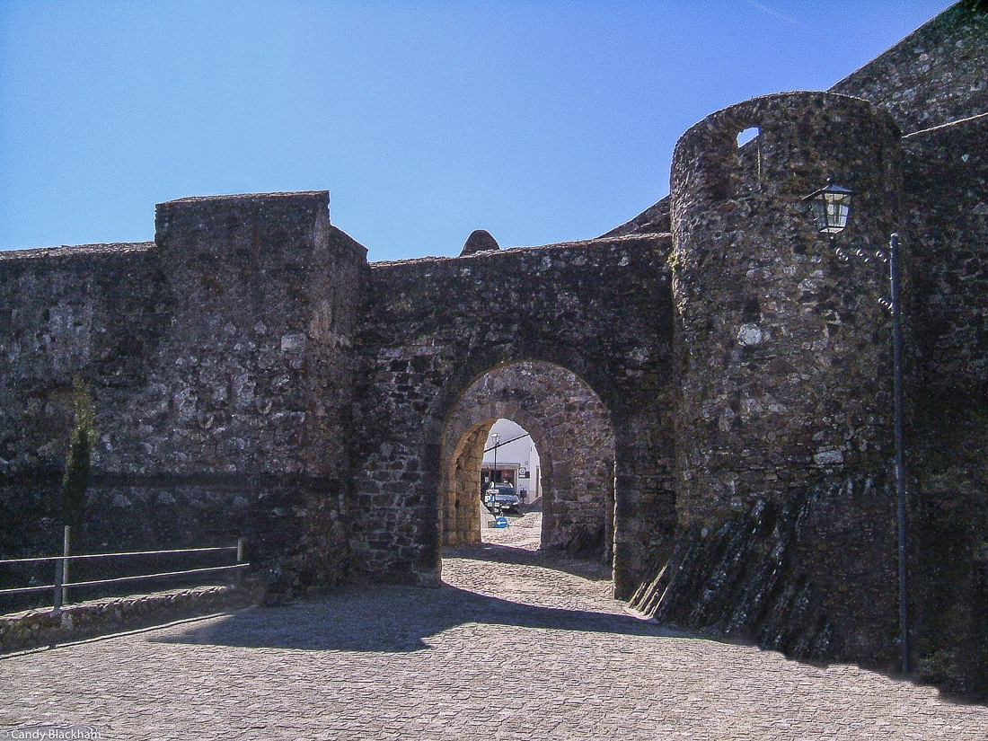 One of the gateways into Marvao