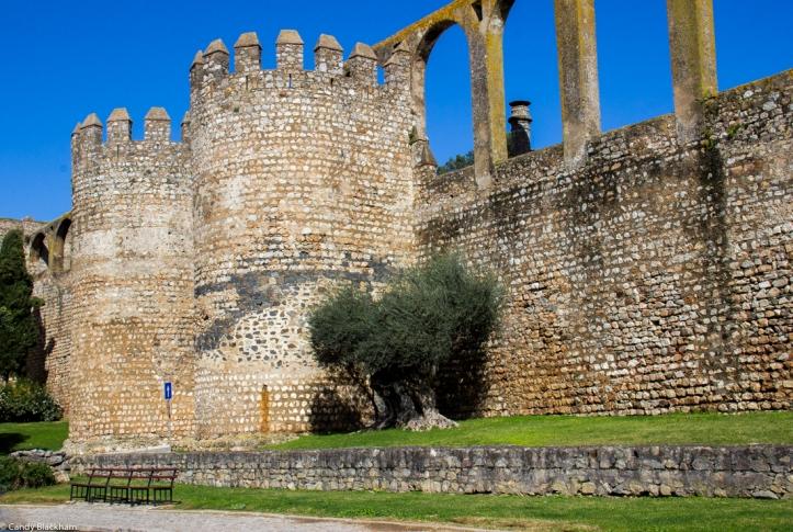 The Beja Gateway, walls and aqueduct at Serpa