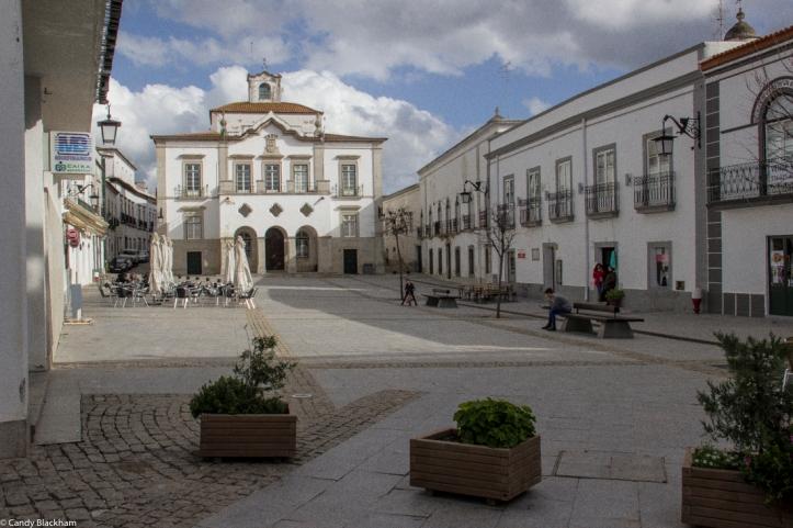 The Praca da Republica, Serpa