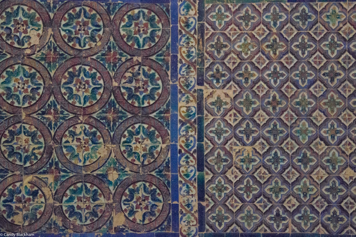 Arab tiles of the 16C