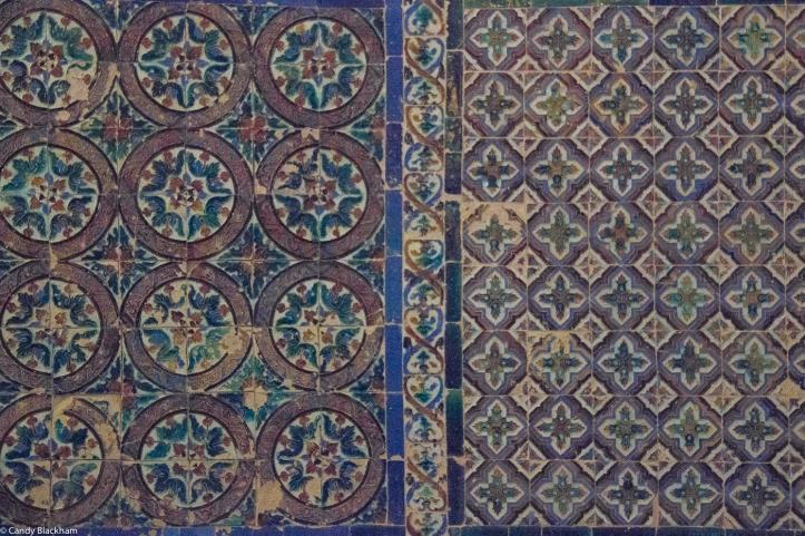 Arab tiles of the 16C