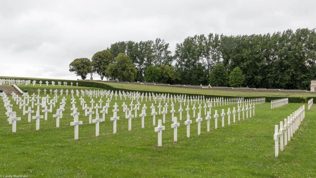 The French and Commonwealth Cemeteries at Pusieux