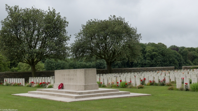 Gommecourt Wood New Military Cemetery