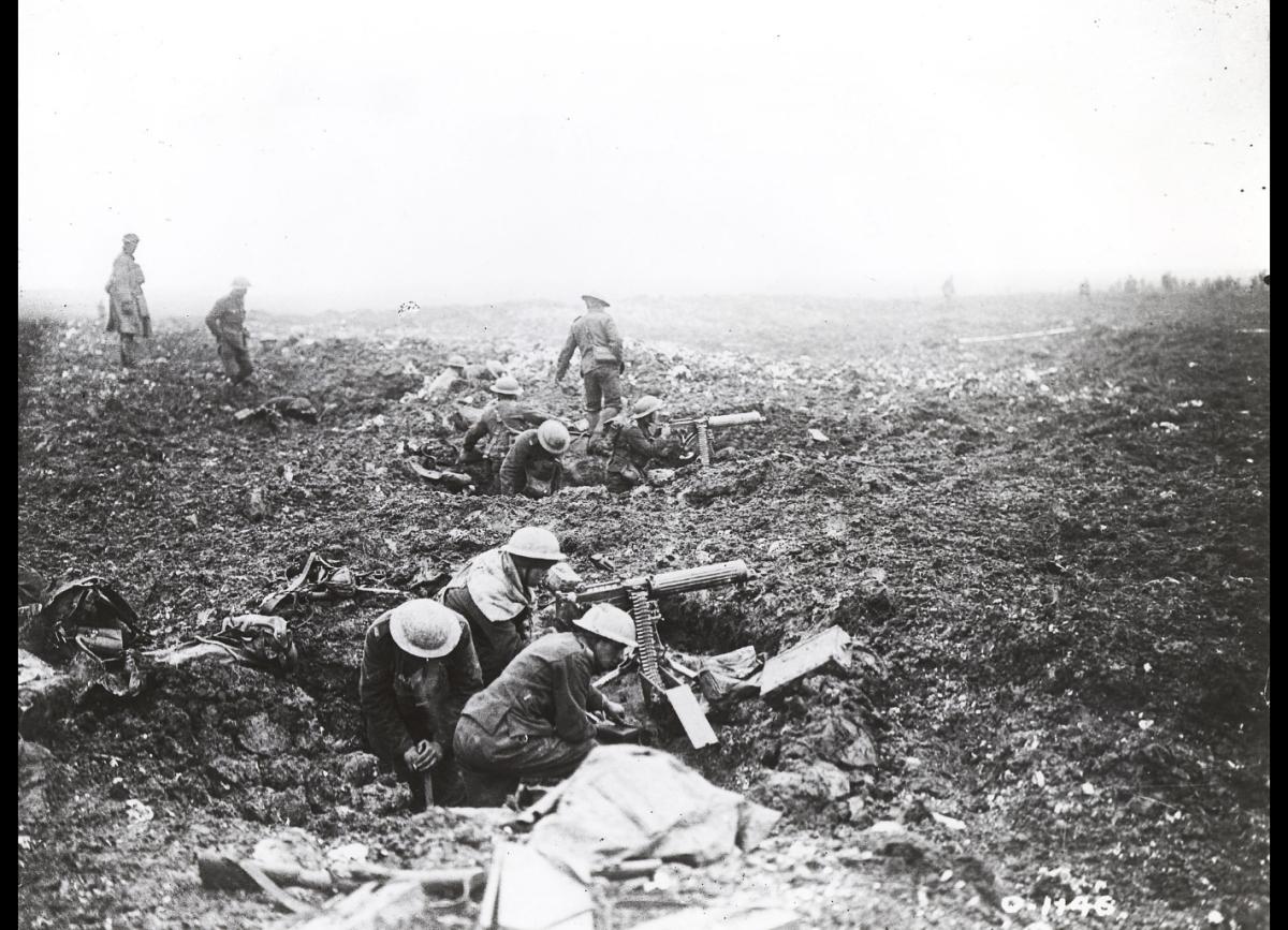 Machine gunners in craters on Vimy Ridge (Wikipedia)