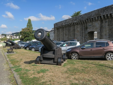 The cannons facing the River Blavet outside the Ville Close, Hennebont
