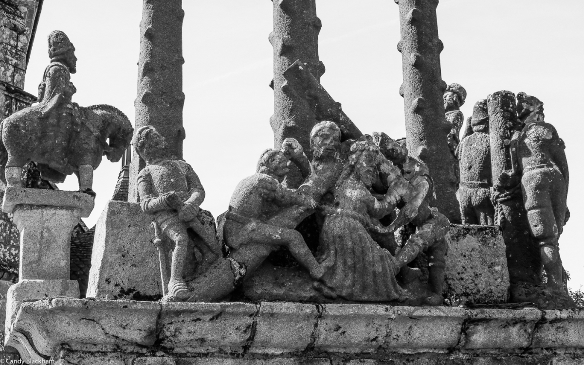 Figures on the Calvary