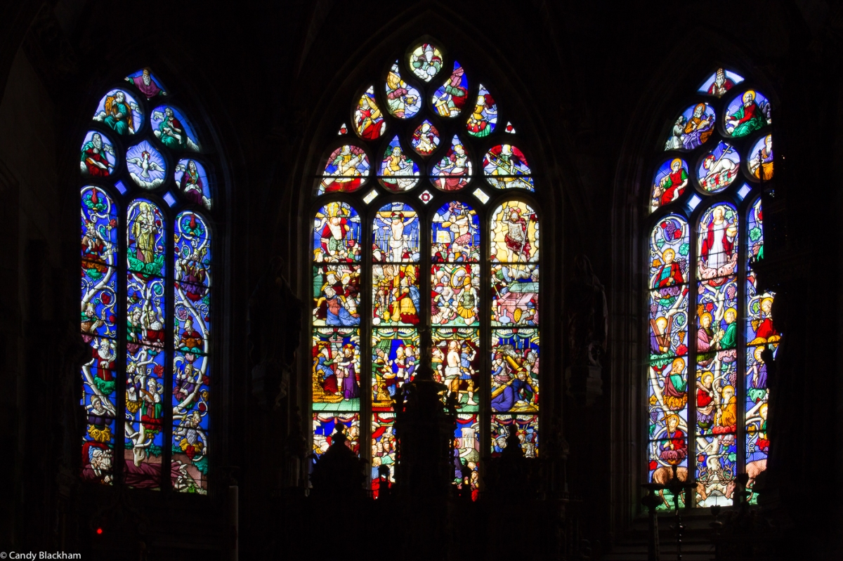 Stained glass behind the Hight Altar: The Tree of Jesse, the Passion, & Christ and the Apostles