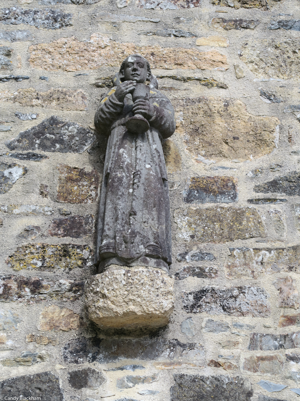 Statue of a monk by the Prigent Workshop, Coed-Nant