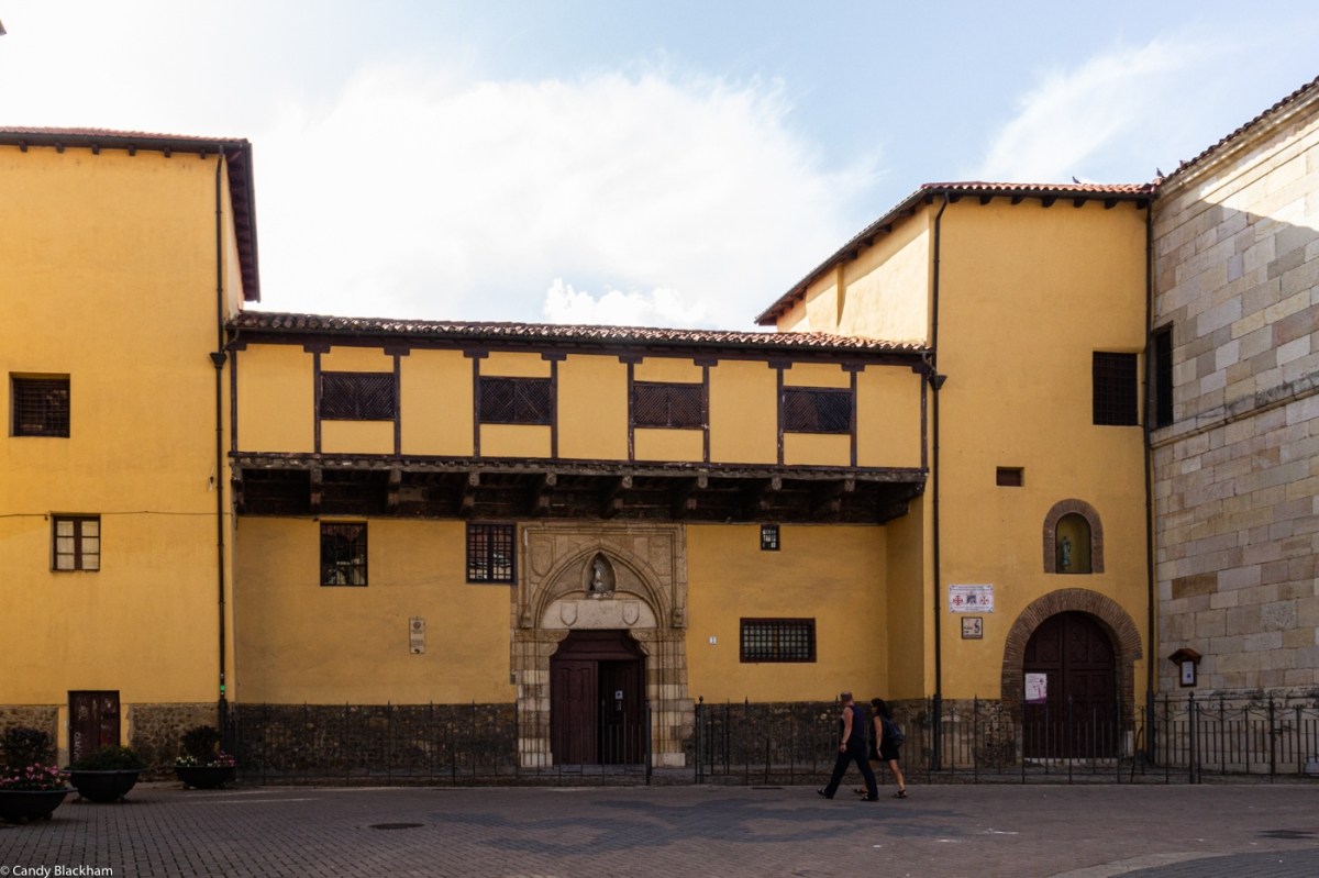 The Convent of the Immaculate Conception, in the square of the same name